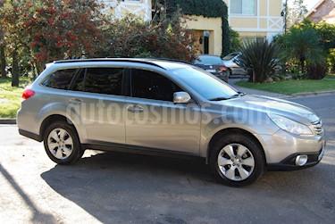 Foto Subaru Outback 2.5i XS Aut usado (2010) color Gris precio $500.000