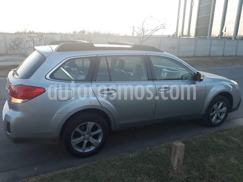 Subaru Outback 2.5i CVT Limited usado (2013) color Gris Platinium precio $9.800.000