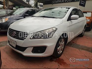 Foto venta Auto usado Suzuki Ciaz GLS Aut (2016) color Blanco precio $155,000
