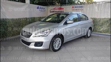 Foto venta Auto Seminuevo Suzuki Ciaz GLS Aut (2018) color Plata Metalico precio $240,000