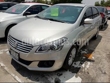Foto venta Auto usado Suzuki Ciaz GLS (2016) color Plata precio $154,800