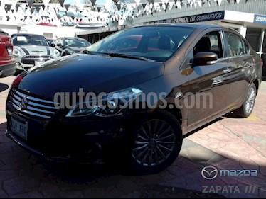 Foto venta Auto Seminuevo Suzuki Ciaz GLX Aut (2016) color Cafe precio $182,000