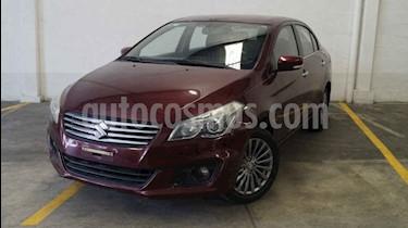 Foto venta Auto usado Suzuki Ciaz GLX (2016) color Rojo precio $165,000