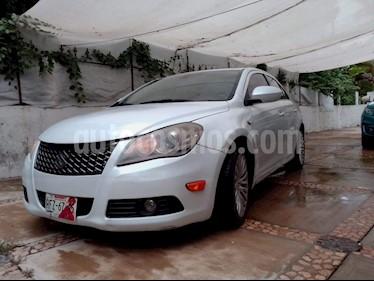 Suzuki Kizashi GLX Aut usado (2012) color Blanco precio $145,000