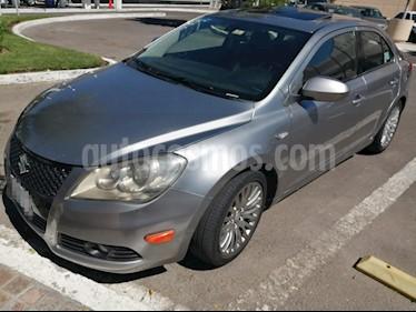 Suzuki Kizashi GLX Aut usado (2011) color Plata precio $122,000