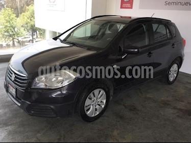 Foto venta Auto usado Suzuki S-Cross 5p GL L4/1.6 Aut (2015) color Negro precio $175,000