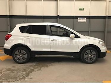 Foto venta Auto usado Suzuki S-Cross 5p GLX L4/1.6 Aut (2015) color Blanco precio $225,000