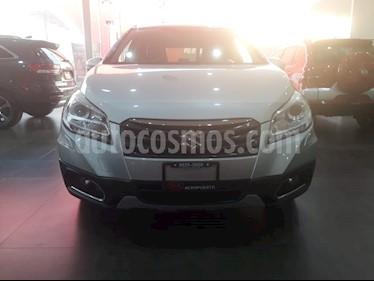 Foto venta Auto Seminuevo Suzuki S-Cross GLX Aut 4WD (2016) color Plata precio $219,000