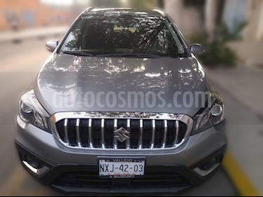 Suzuki S-Cross Turbo Aut usado (2019) color Plata Mercurio precio $350,000
