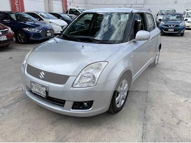 Foto venta Auto usado Suzuki Swift 1.5L (2010) color Plata precio $105,000