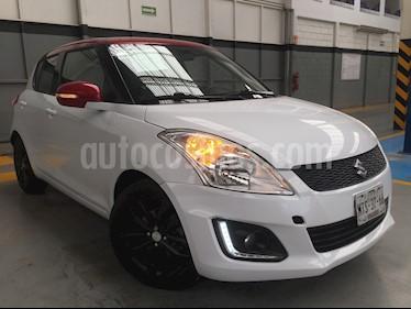 Foto venta Auto usado Suzuki Swift 5p GLX L4/1.4 Aut (2015) color Blanco precio $180,000