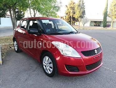 Foto venta Auto usado Suzuki Swift GA (2013) color Rojo Rock precio $107,000
