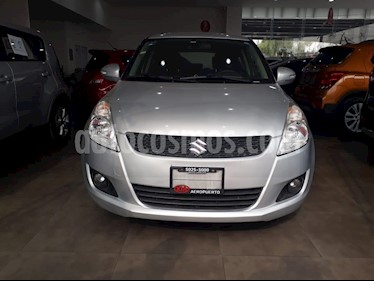 Foto venta Auto Seminuevo Suzuki Swift GLX Aut (2013) color Plata precio $144,000