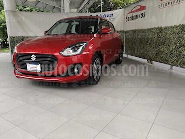 Suzuki Swift GLX Aut usado (2019) color Rojo precio $265,000
