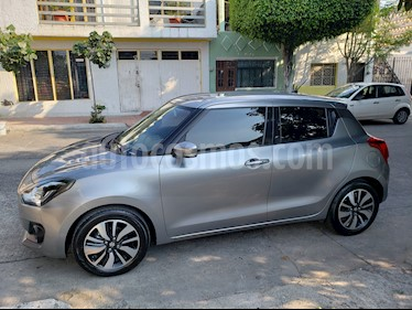 Suzuki Swift GLX usado (2018) color Gris precio $198,000