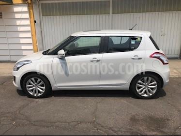 Suzuki Swift GLX usado (2014) color Blanco precio $155,000