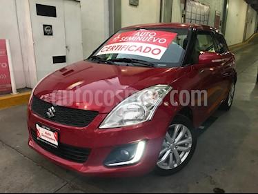 Foto venta Auto Seminuevo Suzuki Swift GLX (2015) color Rojo Rock precio $169,000
