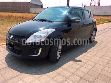 Suzuki Swift GLX usado (2015) color Negro precio $155,000