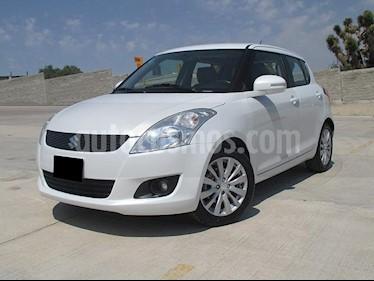 Foto venta Auto usado Suzuki Swift GLX (2013) color Blanco precio $135,000