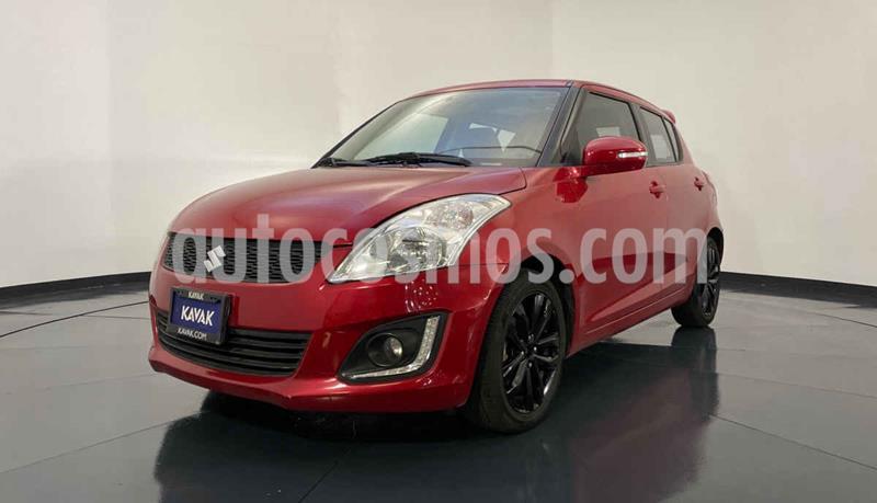 Suzuki Swift GLX Aut usado (2014) color Rojo precio $162,999