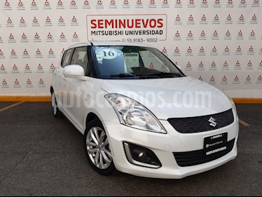Suzuki Swift GLS usado (2015) color Blanco Remix precio $165,000