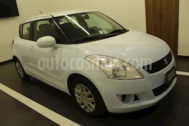 Suzuki Swift 5p GL 5vel a/a usado (2012) color Blanco precio $105,000