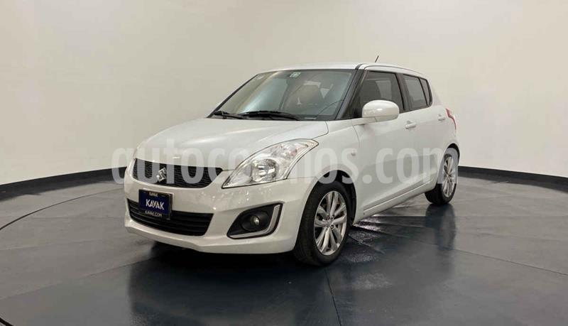 Suzuki Swift GLS Aut usado (2014) color Blanco precio $152,999