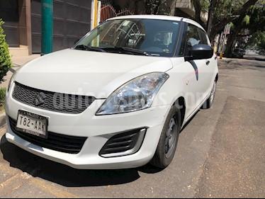 Suzuki Swift GA usado (2015) color Blanco precio $118,000