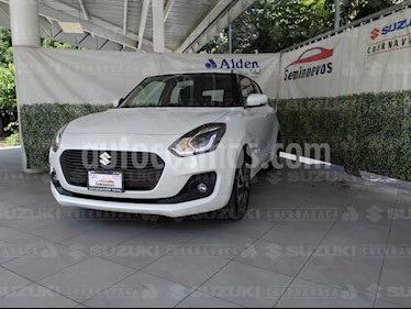 Suzuki Swift GLX Aut usado (2020) color Blanco precio $276,470