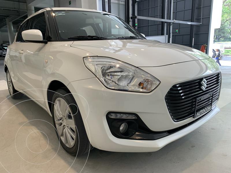 Foto Suzuki Swift GLS usado (2018) color Blanco precio $207,000