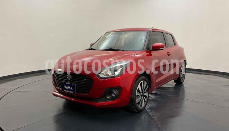 Suzuki Swift GLX usado (2018) color Rojo precio $217,999