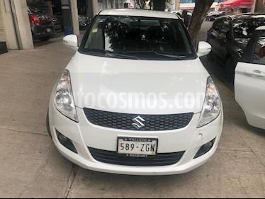 Foto Suzuki Swift GLX Aut usado (2013) color Blanco precio $130,000