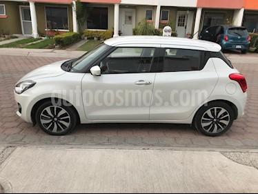 Suzuki Swift GLX usado (2018) color Blanco precio $200,000