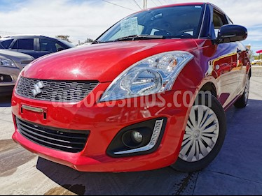 Suzuki Swift GA usado (2016) color Rojo Rock precio $130,000
