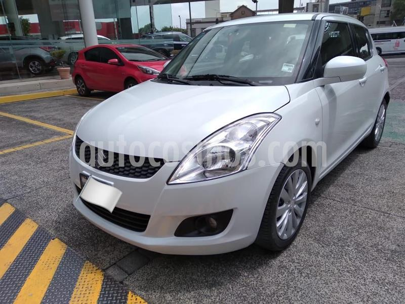 Suzuki Swift GLS usado (2012) color Blanco precio $125,000