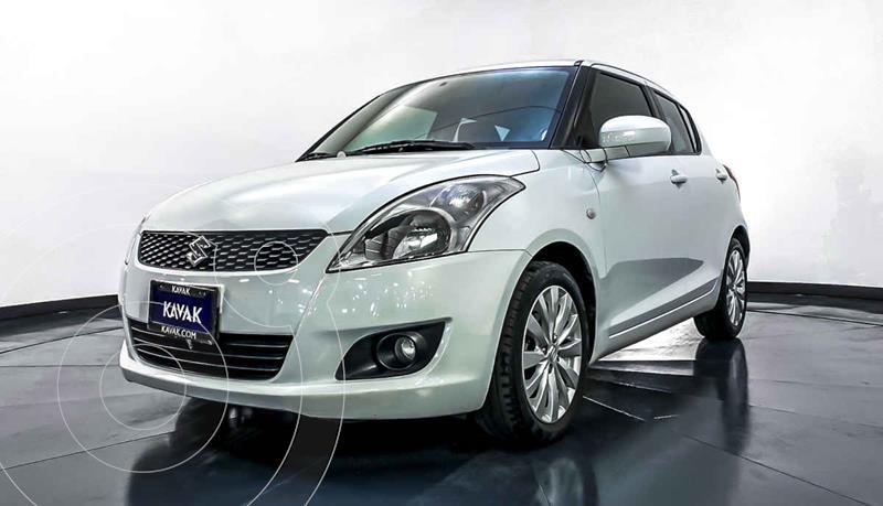 Suzuki Swift GLS usado (2012) color Blanco precio $124,999