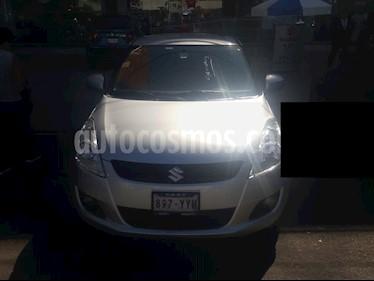 Foto Suzuki Swift GLS Aut  usado (2013) color Plata precio $123,000