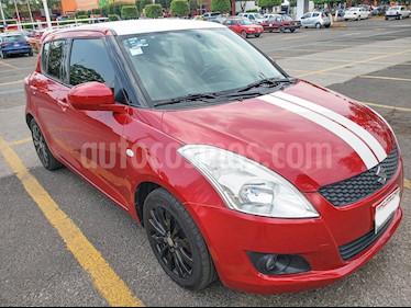 Suzuki Swift GLS Aut usado (2012) color Rojo Rock precio $110,000