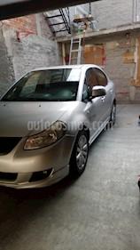 Suzuki SX4 Sedan 2.0L Aut. usado (2011) color Plata precio $90,000