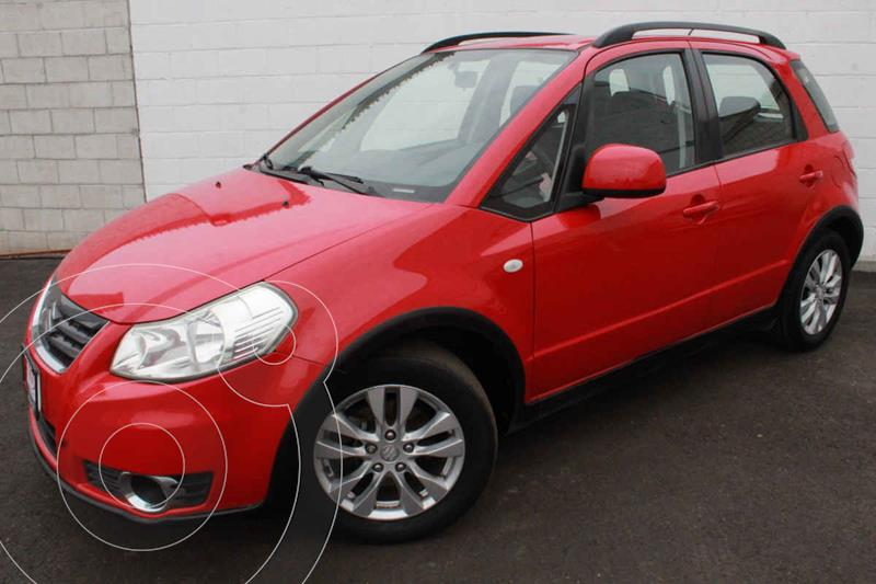Foto Suzuki SX4 Sedan 2.0L  usado (2013) color Rojo precio $140,000