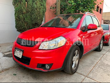 Foto venta Auto usado Suzuki SX4 X-Over 2.0L Aut. (2012) color Rojo precio $108,000