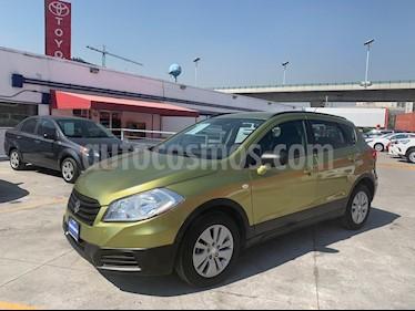 Foto venta Auto usado Suzuki SX4 X-Over 2.0L Aut. (2014) color Verde Manzana precio $169,000