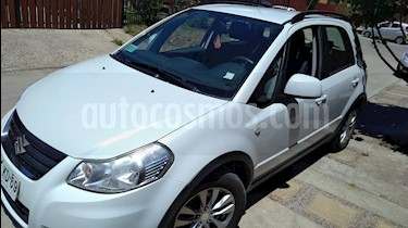 Foto venta Auto Usado Suzuki SX4 Crossover AC (2013) color Blanco Perla precio $6.490.000