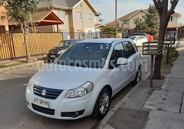 Foto Suzuki SX4 GLX  usado (2013) color Blanco precio $5.300.000