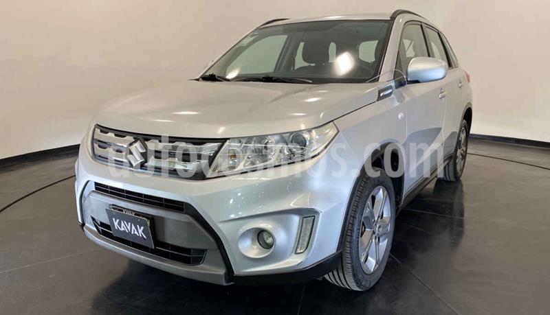 Suzuki Vitara GLS usado (2017) color Plata precio $232,999
