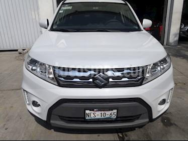 Suzuki Vitara GLS usado (2017) color Blanco precio $210,000