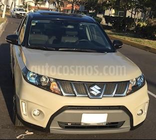 Suzuki Vitara GLX Aut usado (2018) color Crema precio $300,000