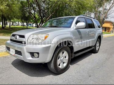 Toyota 4 Runner Limited  usado (2008) color Plata precio $250,000