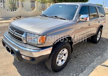 Toyota 4Runner 4x2 usado (2001) color Plata precio u$s12.000