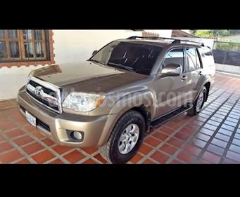 Foto venta carro usado Toyota 4Runner Sr5 V6,3.4i,24v A 2 2 (2007) color Bronce precio u$s15.000